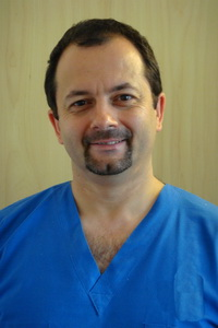 Dr Attila Toth - dental implant dentist, master implantologist